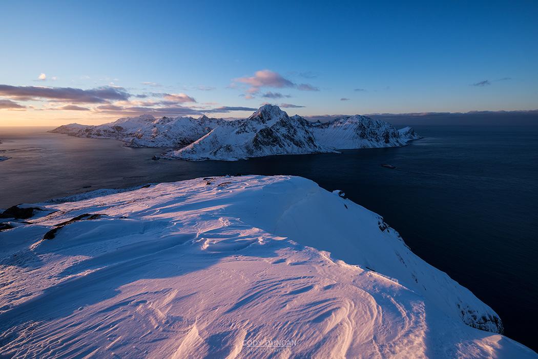 Offersoykammen in winter, Lofoten Islands, Norway