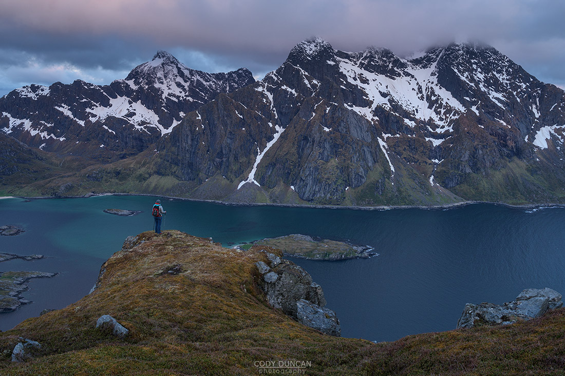Nonstind hiking guide Lofoten Islands