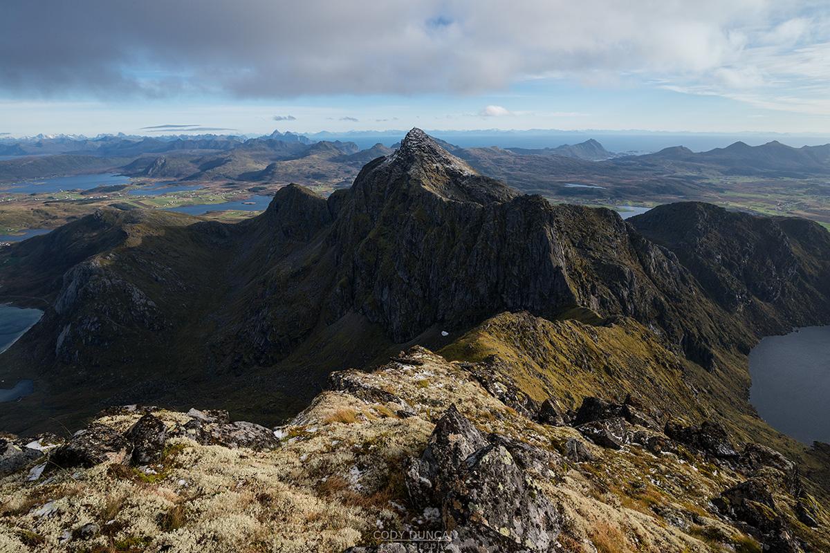 Østhimmeltind Hiking Guide Lofoten Islands